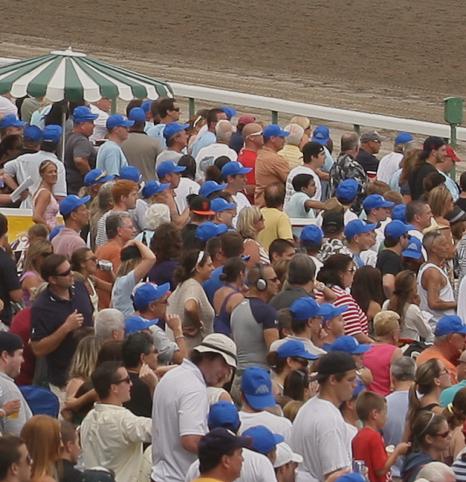 patrons watching race